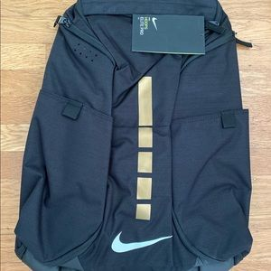 NWT NIKE ELITE PRO BACKPACK. BLACK/GOLD. NO OFFERS